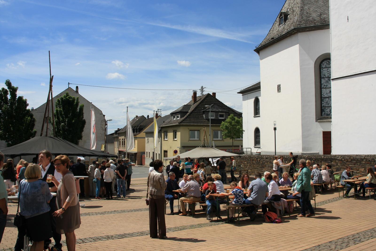 Marktplatzfest in Heimbach-Weis